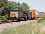 CSX 619 and 638
